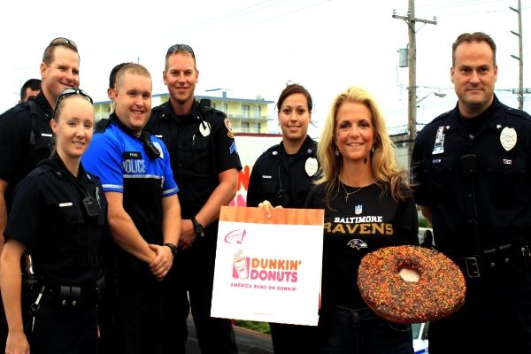 Sự liên quan nhẹ giữa donut và cảnh sát Mỹ - H7
